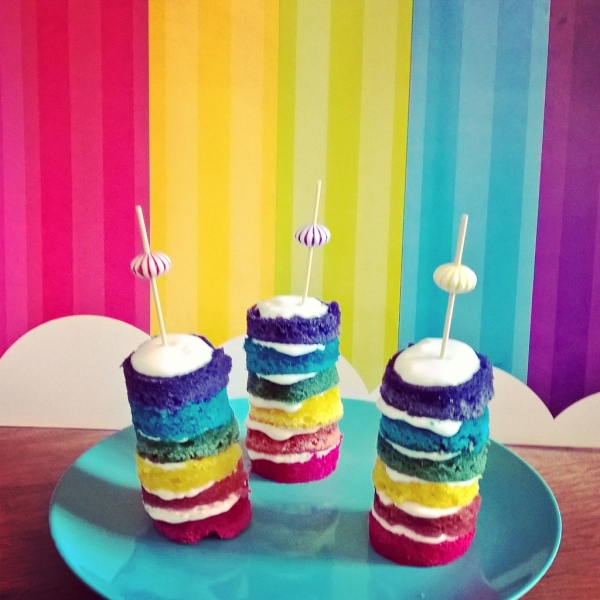 rainbow cakes miniatures