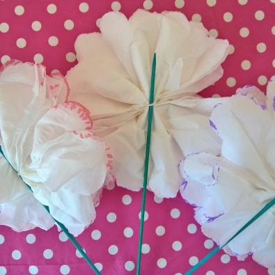 fleurs mouchoir en papier DIY (11)