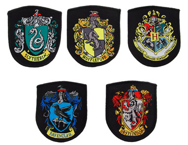 lot-de-5-repliques-ecussons-poudlard-harry-potter_237698